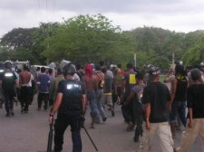 dec17 2006 unrest in Dili