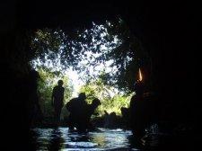 jiabong-extreme-caving-017.jpg