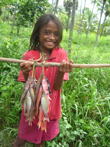 girl with fish