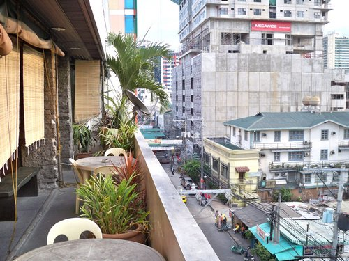 view from friendly's pension in manila