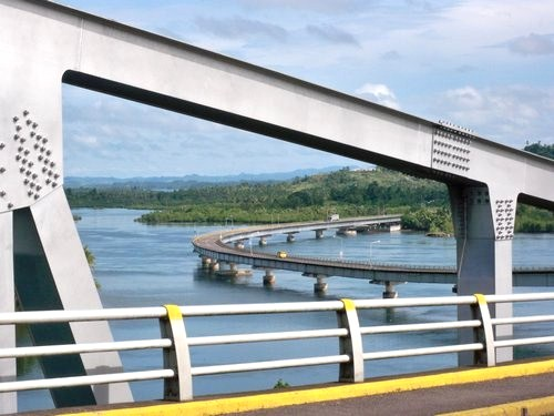 bridge between leyte and samar