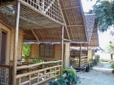 ayettes-bamboo-cottages-003