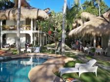 Mikes's Dauin Beach Family Resort