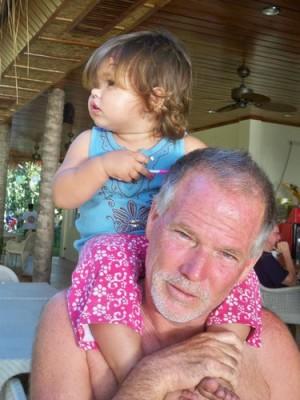 mikes-dauin-beach-family-resort-019