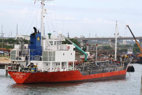 red boat in Cebu