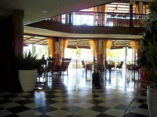 Sabin Hotel lobby