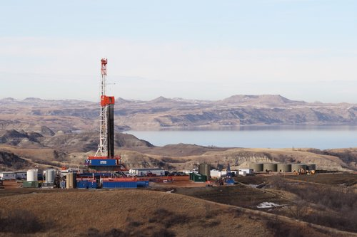 Oil Rig on Lake Sakakawea